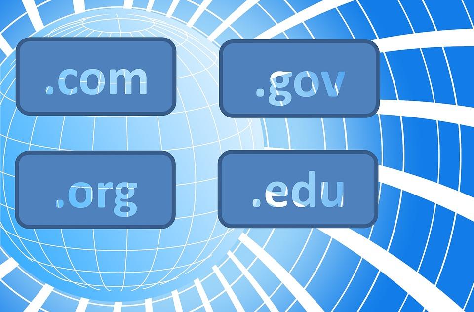 Kaj morate vedeti o nakupu domene
