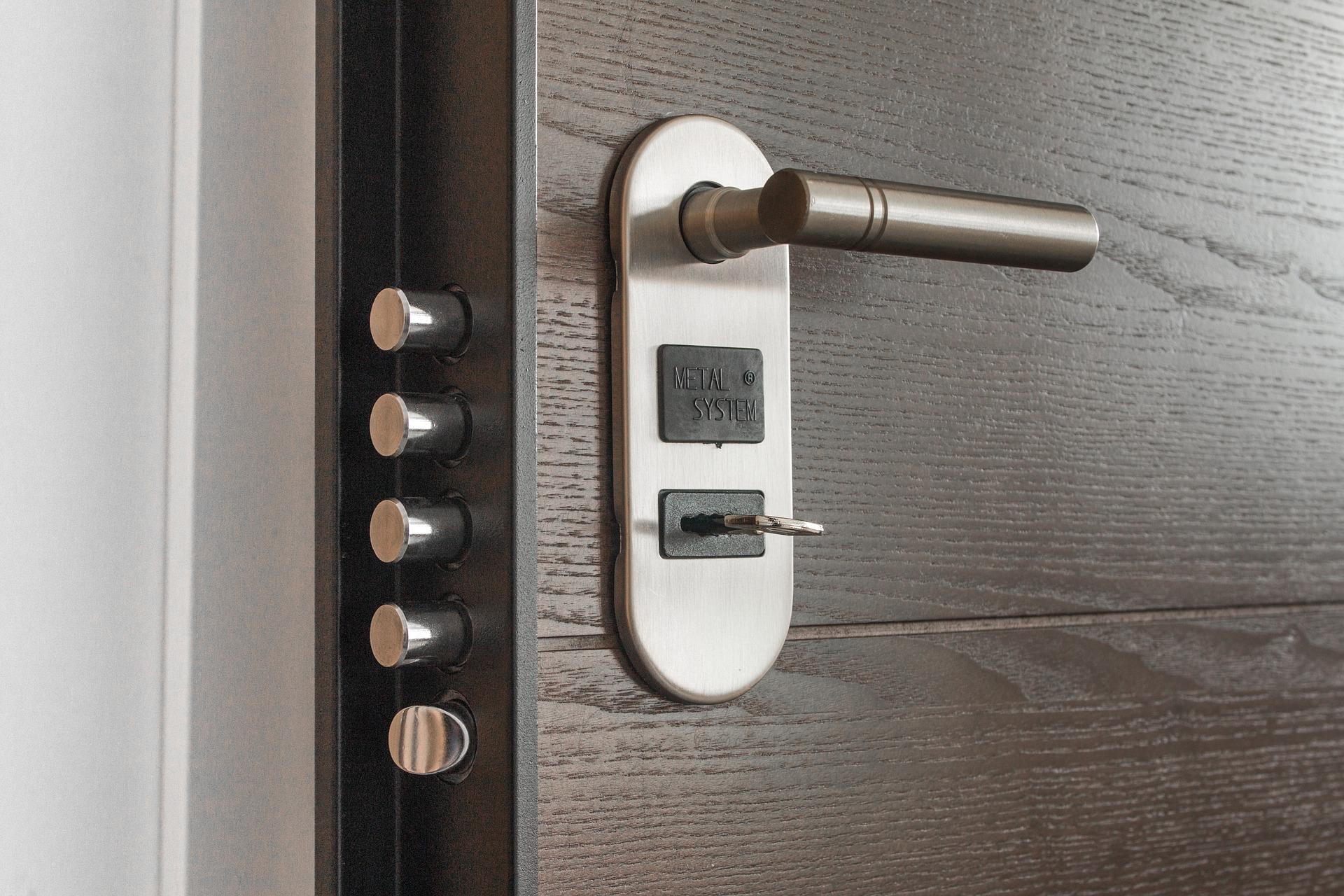 Kako izbrati najboljšo ključavnico za vaša vrata?
